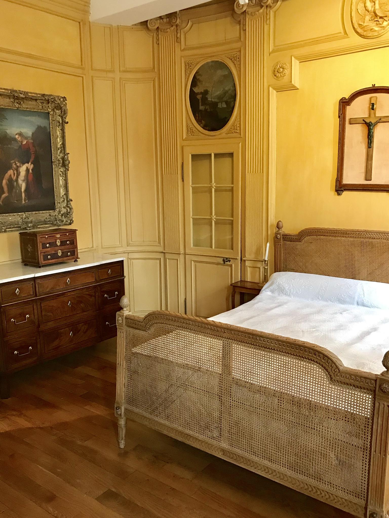 château de Laàs chambre jaune musée Serbat