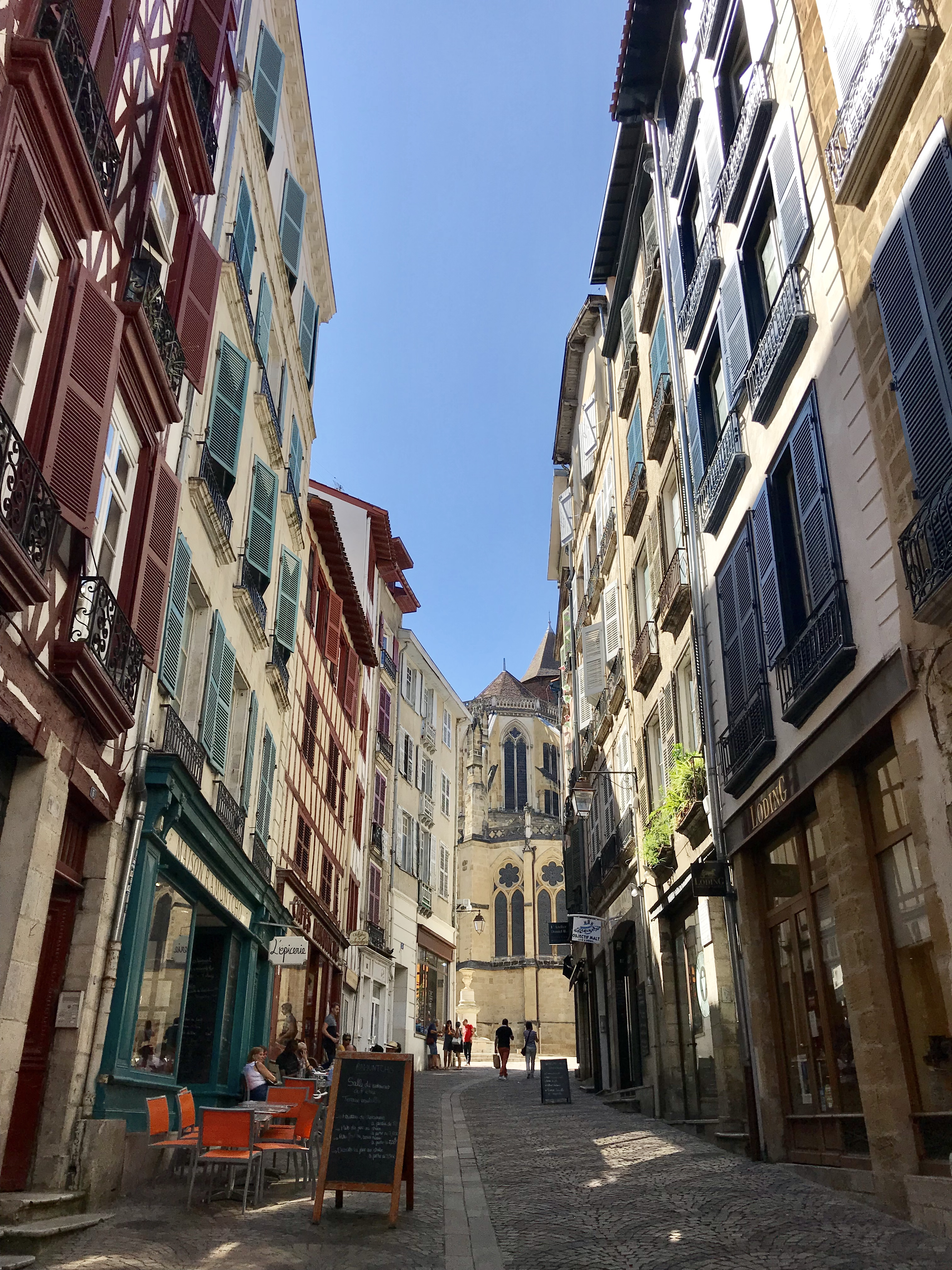 Visiter Bayonne rue du pilori
