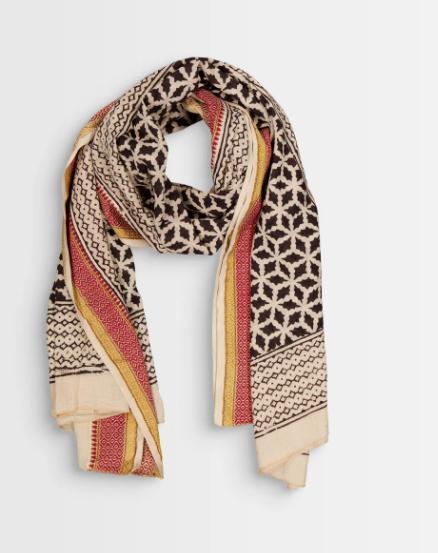 comment porter un foulard